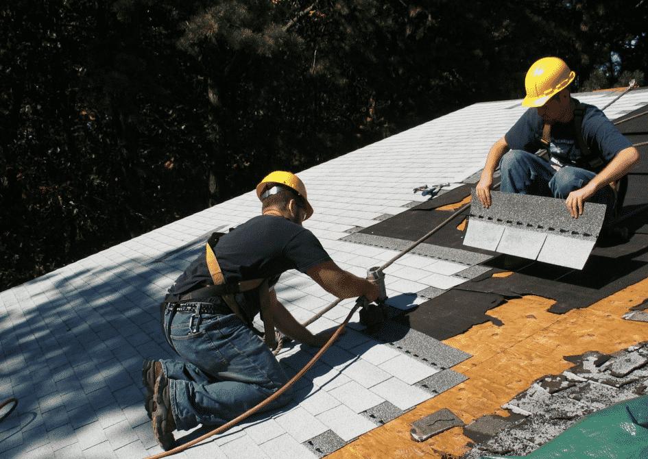 asphalt shingles roofing installation