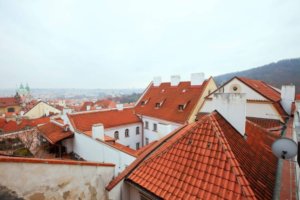 tile roofing in Prague
