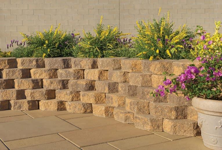 Angelus Paving Stones Planter Wall Stone