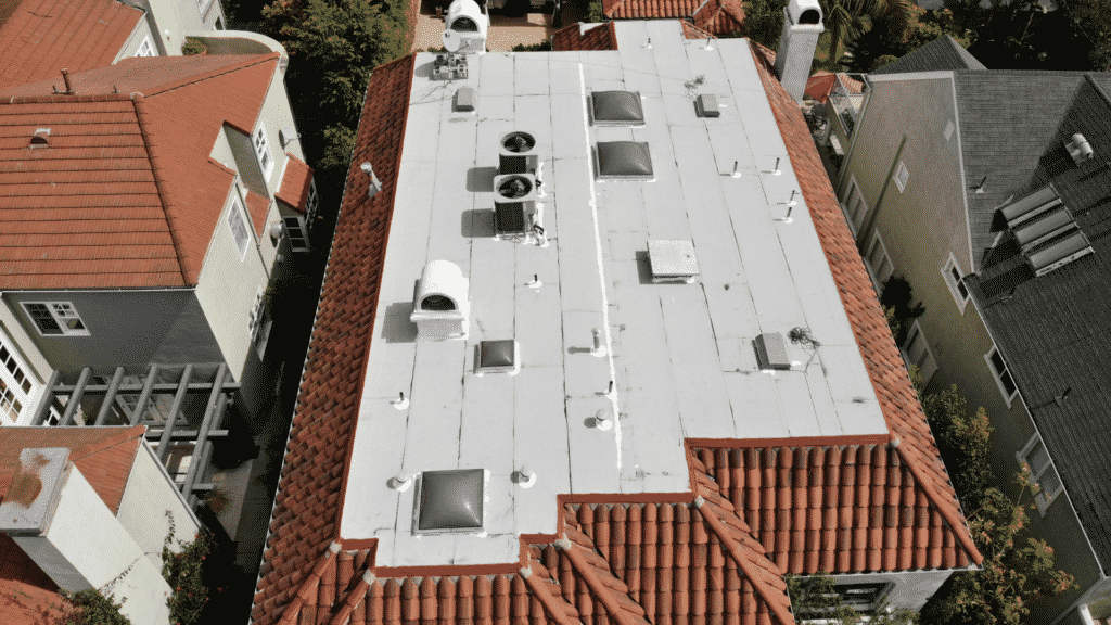 tile roof with flat roof