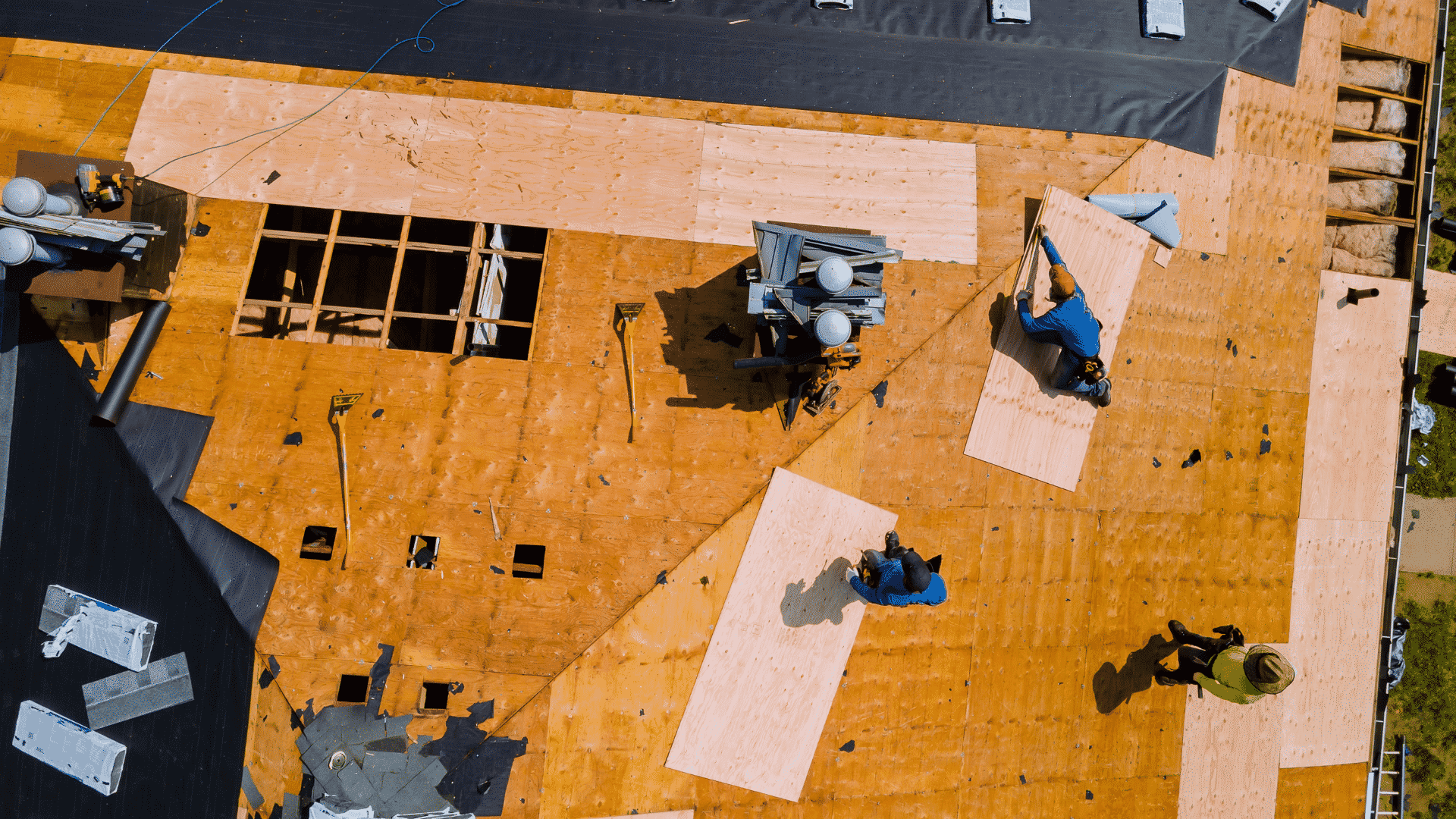 replacing roof decking in Los Angeles
